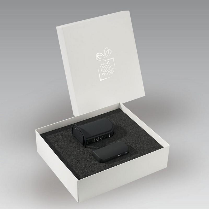 Praktikus asztali töltő és duo power bank 5200mAh szett.